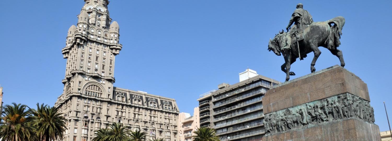 Cash: Uruguay's beloved payment method